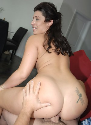 Free Big Ass Brunette Porn Pictures