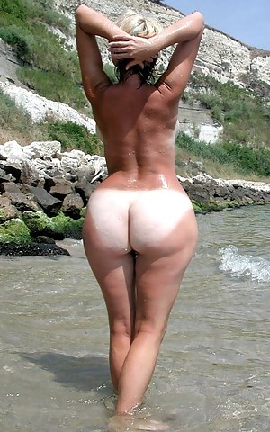 Free Big Ass Beach Porn Pictures